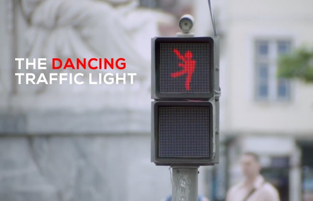 lisbon-dancing-traffic-light