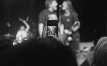 younow subiendo imagenes concierto