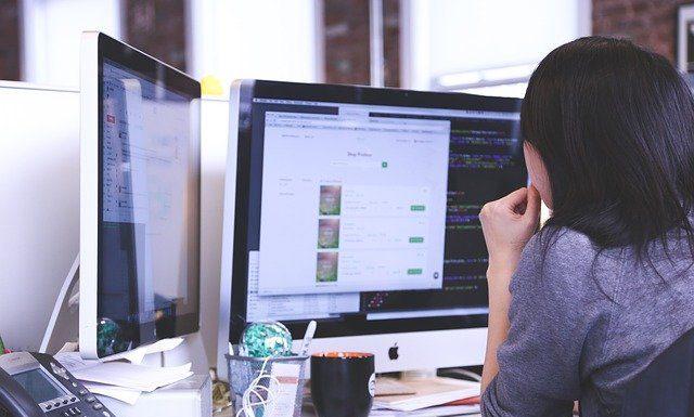 crear logo en linea